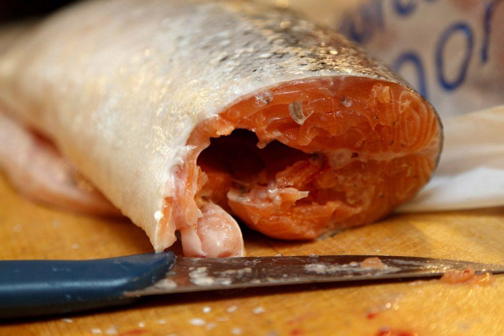 saumon coupé
