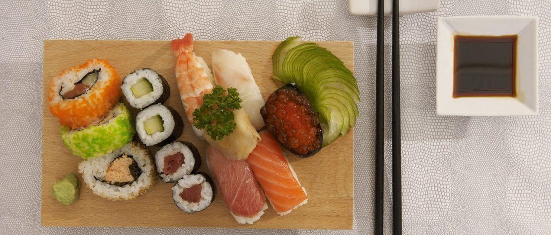 Canapé de sushi au concombre